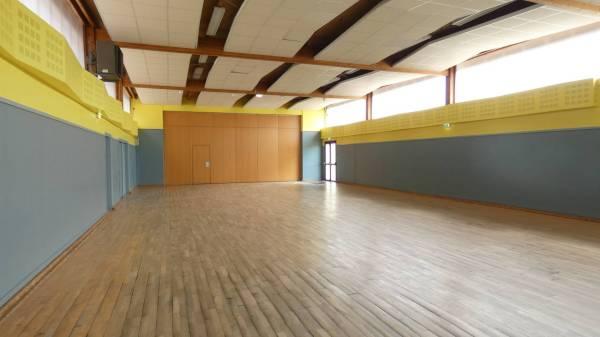 salle 200m², salle polyvalente